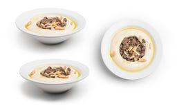 Chickpeas z spiced mięsnym libańczykiem Hummus, set Hummus z mięsem, ścinek ścieżka Zawierać fotografia stock