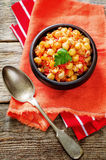 Chickpeas z warzywami i pangasius Fotografia Stock