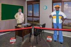 Chico Anysio och Mussum vaxdiagram på vaxmuseet Arkivbild