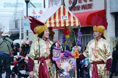 Chico McRooster på Los Angeles det kinesiska nya året ståtar arkivfoto