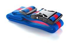 Chicote de fios azul e vermelho com as curvaturas pretas no branco fotos de stock royalty free