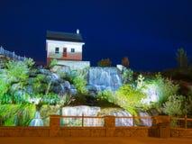 06/17/2018 Chicoutimi, Saguenay Quebec, Canada La piccola casa che è stato fino ad un'inondazione disastrosa si è trasformata in  Fotografie Stock
