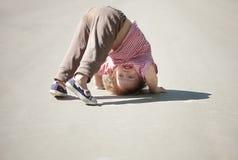 Chid bienal upside-down fotos de stock royalty free