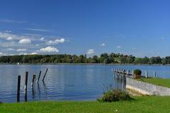 Chiemsee,巴伐利亚,德国 美好的晴天 免版税图库摄影