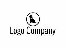 Chien avec un logo d'écharpe Photographie stock