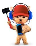Chien drôle avec le marteau et le smartphone Photos libres de droits