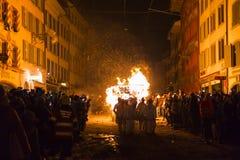 Chienbaese-Feuerparade in der Schweiz Lizenzfreies Stockfoto