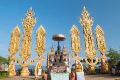 CHIENG RAI, TAILÂNDIA: 2 de novembro - estátua de Phaya Meg Rai no fotografia de stock