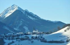 Chiesa in Alpes, Austria di Nikolaus del san. Fotografie Stock Libere da Diritti