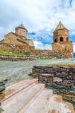 Chiesa antica sul supporto Kazbek in Georgia Fotografia Stock