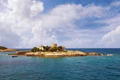 Chiesa antica sulla piccola isola in mare adriatico Il Montenegro, Zanjice fotografia stock libera da diritti