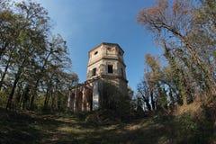 Chiesa barrocco rurale abbandonata a Vercelli Fotografia Stock