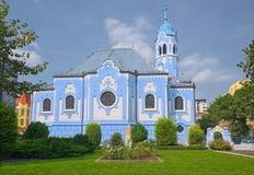 Chiesa blu a Bratislava immagine stock libera da diritti