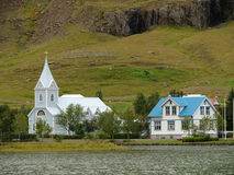 Chiesa blu, Seydisfjordur, Islanda Immagini Stock Libere da Diritti