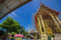 Chiesa buddista tradizionale nel rinnovamento Immagini Stock