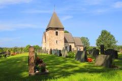 Chiesa in campagna Immagini Stock