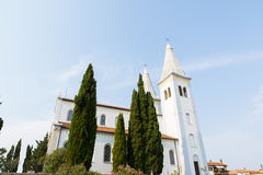 Chiesa cristiana nel centro di Liznjan Immagini Stock Libere da Diritti