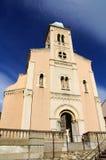 Chiesa del Port-Vendres con il cielo nel fondo Fotografia Stock Libera da Diritti
