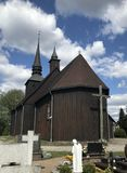 Chiesa del villaggio in Polonia, Borzyszkowy fotografie stock libere da diritti