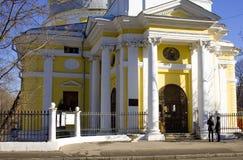 Chiesa dell'ascensione sul campo Mosca di Gorokhovoe immagini stock