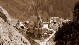 Chiesa della montagna fotografie stock libere da diritti