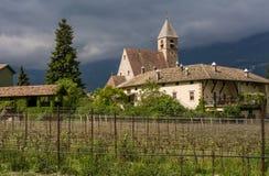 Chiesa della nostra signora della villa, una delle chiese gotiche recenti più fini nel Tirolo Fotografia Stock Libera da Diritti