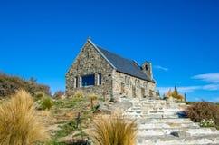 Chiesa di buon pastore che è individuato nel lago Tekapo, Nuova Zelanda Fotografia Stock Libera da Diritti