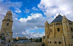 Chiesa di città santa immagini stock