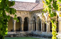Chiesa di Colegiata di Santa Juliana in Santillana Del Mar, Cantabria, Spagna fotografia stock libera da diritti
