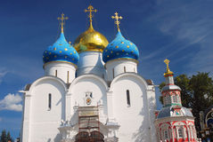 Chiesa di Dormition in trinità Sergius Lavra, Sergiev Posad, Russia Mondo Herit dell'Unesco Immagine Stock