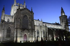 Chiesa di Dunfermline alla notte Fotografia Stock