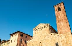 chiesa Di fermo Ιταλία s Βερόνα Andrea μέσω del Cuore - της Πίζας - αρχαία Tuscan εκκλησία Στοκ εικόνες με δικαίωμα ελεύθερης χρήσης