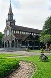 Chiesa di legno di Kontum, cattedrale antica, eredità Fotografie Stock Libere da Diritti