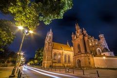Chiesa di notte di Vilnius Fotografia Stock