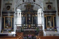 Chiesa di parrocchia interna Immagini Stock