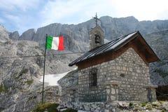 Chiesa di pietra della montagna Fotografia Stock Libera da Diritti