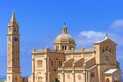 Chiesa di Pinu di tum nell'isola di Gharb Gozo del villaggio Fotografie Stock