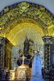 Chiesa di Querenca dell'altare dorato di Nossa Senhora da Assuncao Immagine Stock Libera da Diritti