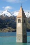 Chiesa di Reschensee Fotografia Stock Libera da Diritti