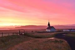 Chiesa di Reyniskirkja, Vik, Islanda Fotografia Stock Libera da Diritti