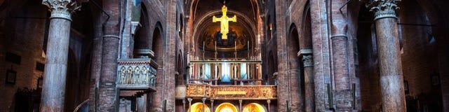 Chiesa di Roman Catholic Romanesque a Modena, Italia Fotografia Stock Libera da Diritti