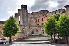 Chiesa di San Francesco della Scarpa, Sulmona. Garibaldi square ,aqueduct and chiesa San Francesco della Scarpa.The earthquake in 1706,  caused a large part of stock image