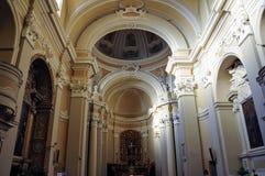 Chiesa di San Francesco nel villaggio medievale di Staffolo, Italia immagine stock libera da diritti