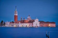 Chiesa di San Giorgio Maggiore et lumières de nuit Photo stock