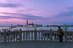 Chiesa di San Giorgio Maggiore och en fotograf Arkivbilder