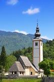 Chiesa di St John il battista vicino al lago Bohinj, Slovenia Fotografie Stock Libere da Diritti