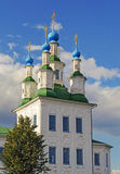 Chiesa di trinità in città russa antica Tot'ma immagine stock libera da diritti