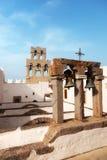 Chiesa e campane su Patmos fotografia stock libera da diritti