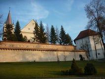 Chiesa e fortezza nella Transilvania, Romania immagini stock libere da diritti