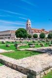 Chiesa e monastero di St Mary ed i monumenti antichi in Zadar, Croazia Immagine Stock